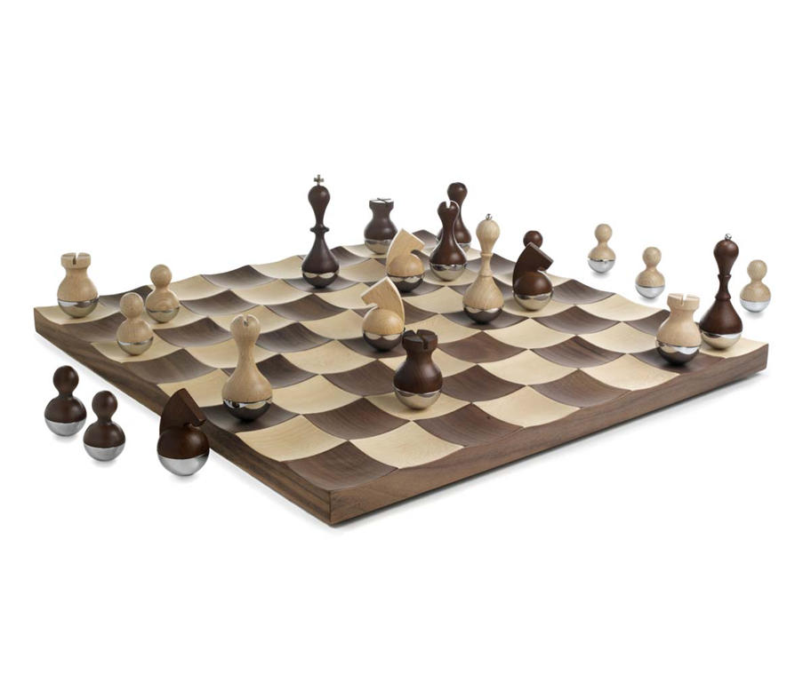 25 cool and creative chess set designs creative - The chessmen chess set ...