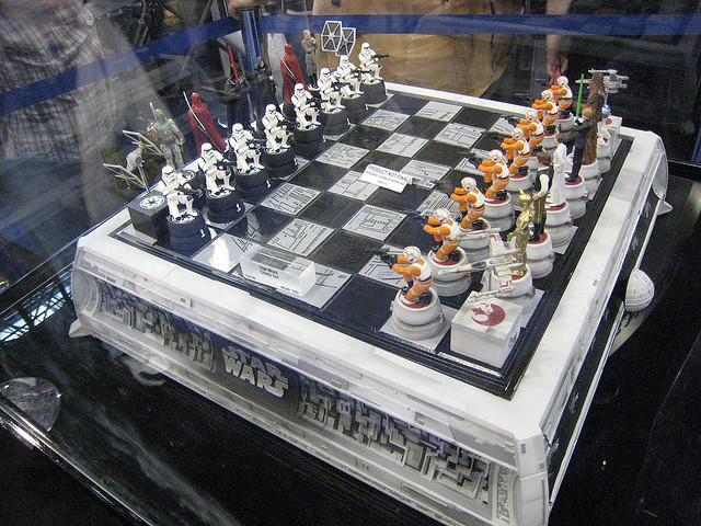 25 Cool And Creative Chess Set Designs Creative