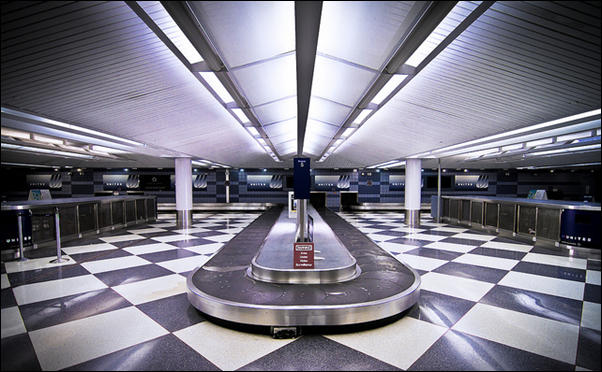 Chicago O'Hare Carousel by Dirk Dallas