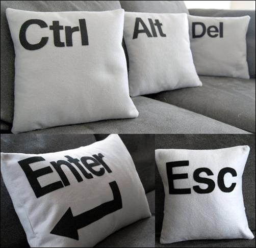 Geek-Pillow
