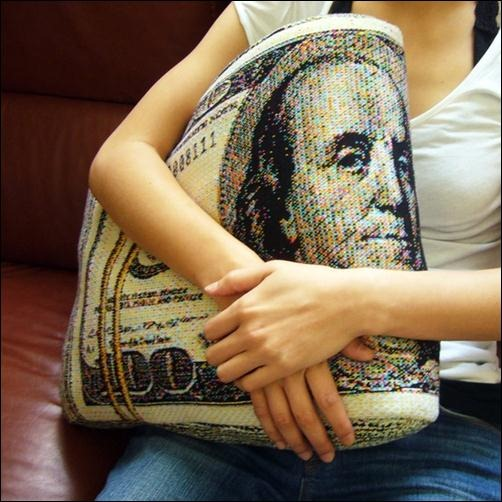 US-Dollar-Pillow