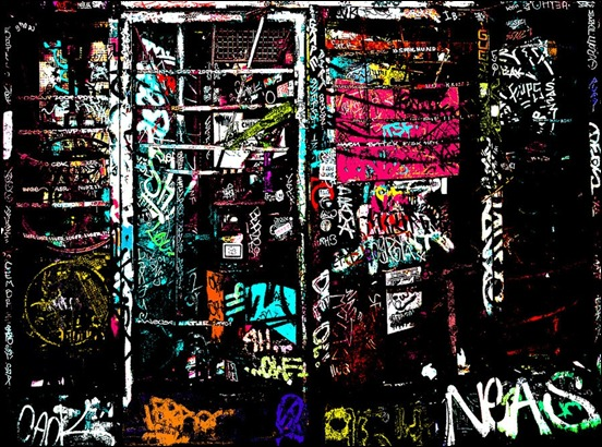colorful-beauty-in-graffiti-wallpaper