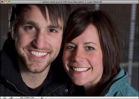 how-to-whiten-and-brighten-teeth in photoshop