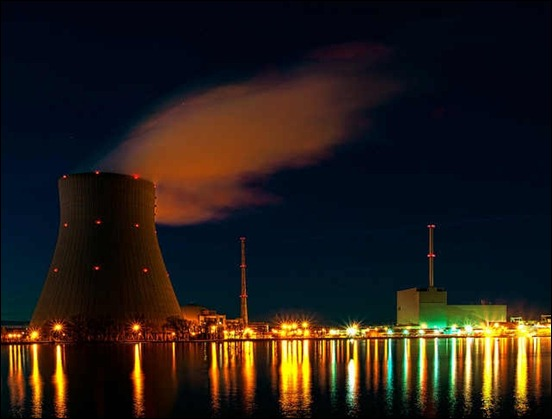 nuclear-power-palnt-at-night