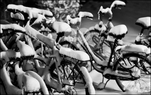 snowy-bicycles-hd-wallpapers